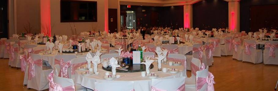A beautiful multipurpose space ideal for performances, wedding ceremonies, banquets, receptions or conferences.
